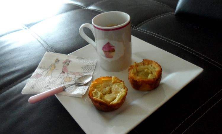 Clafouti rhubarbe café