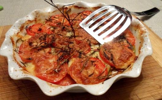 gratinée de tomates courgettes à la mozzarella cuite