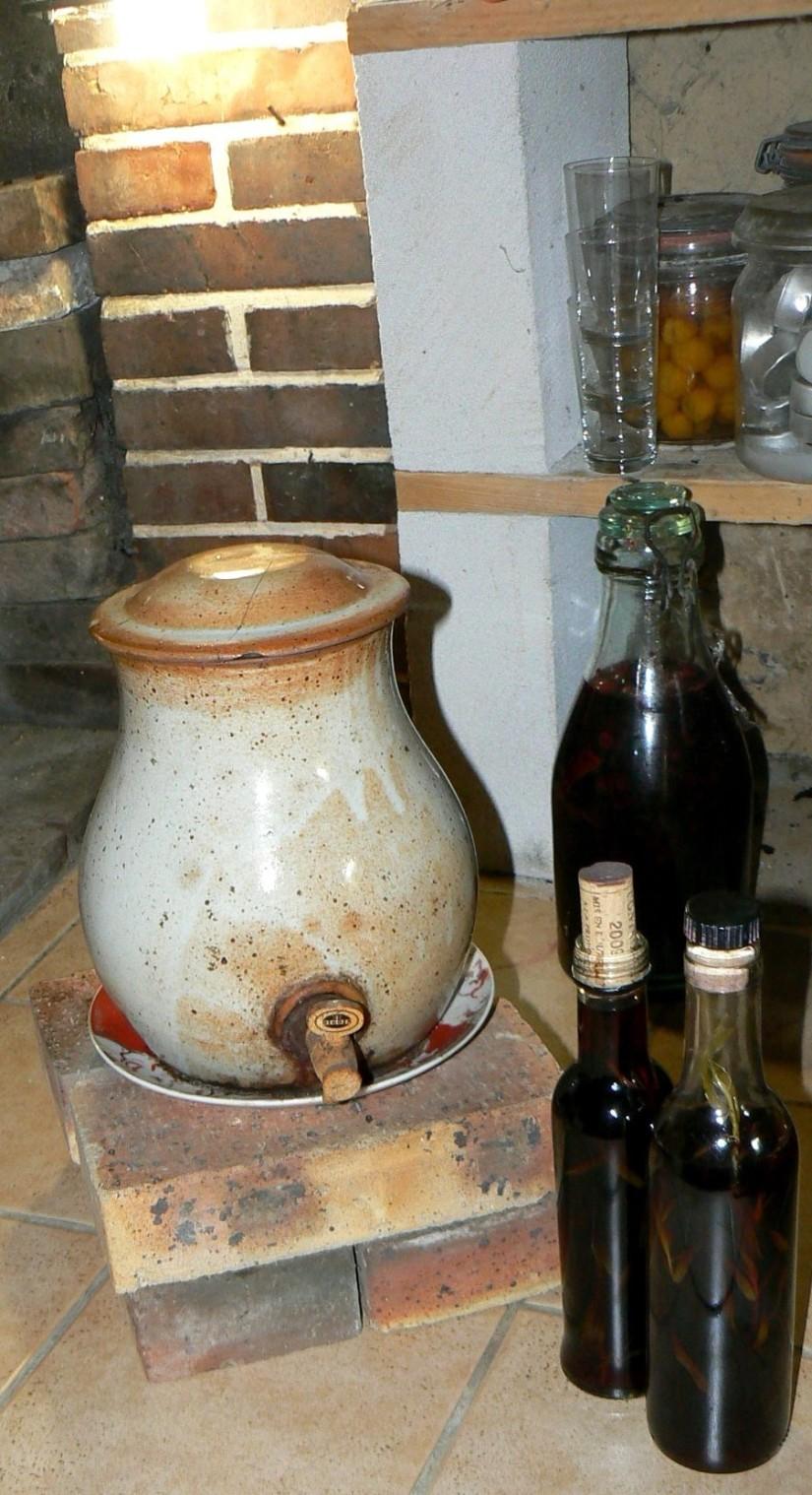 Fabrication du vinaigre de vin pensez l aromatiser les food 39 amour - Comment faire du vinaigre de vin ...