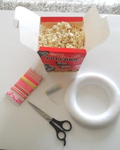 couronne-de-noel-en-popcorn-mat