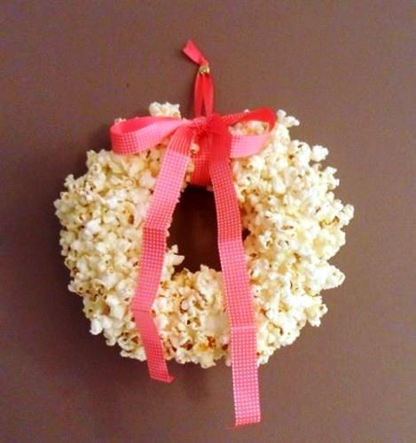 couronne-de-noel-en-popcorn.jpg