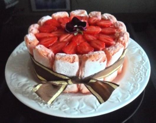 Charlotte-aux-fraises-et-citron-vert