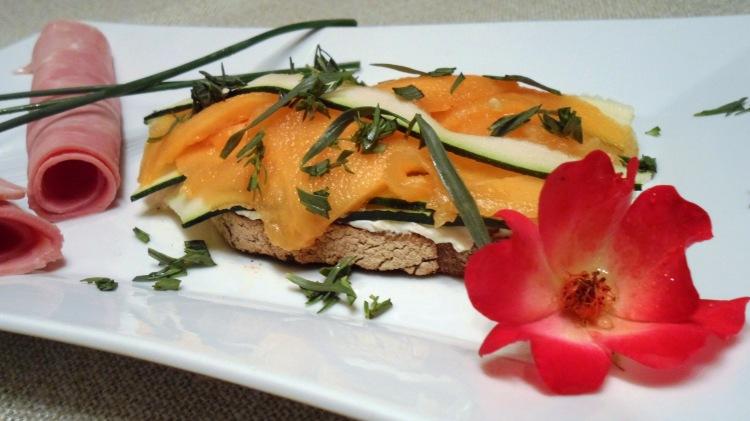 tartine de chèvre frais melon courgette
