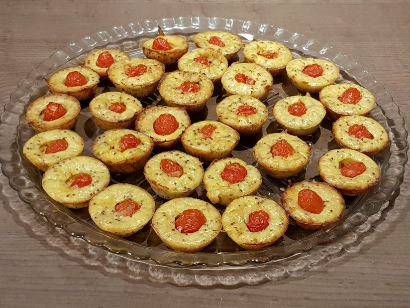 mini flans tomate moutarde.jpg