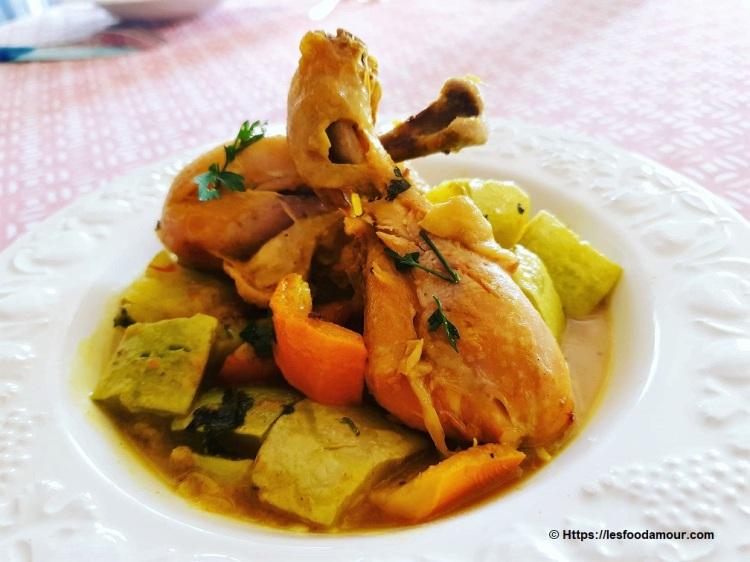 Tajine de poulet aux courgettes et kumquats confits